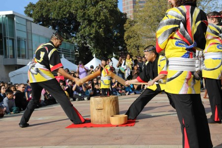 At JANM's 2015 Oshogatsu Family Festival, Kodama Taiko perform a mochitsuki (rice cake pounding) ceremony to ring in the new year. Photo: Russell Kitagawa.