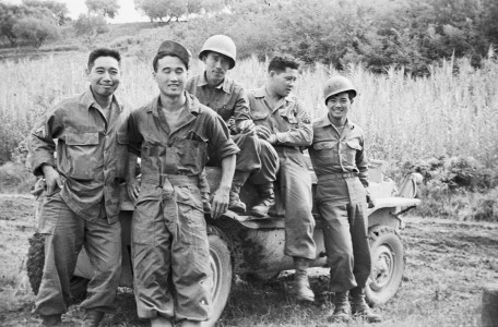 522nd Service Battery personnel, near Rosignano, Italy, 1944. Japanese American National Museum, Sus Ito Collection. Now on view as part of the exhibition Before They Were Heroes: Sus Ito's World War II Images.